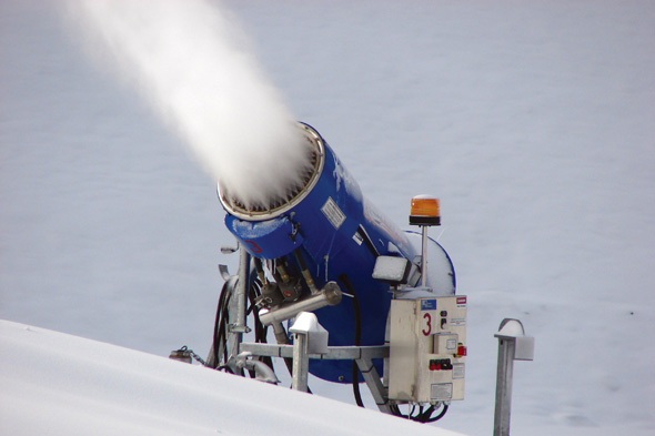 SMI Wizzard snowmakers